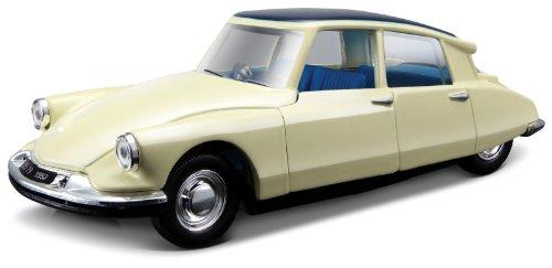 bburago-43204-model-car-citroen-ds-19-132-scale-assorted-colours
