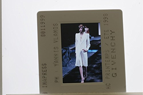 slides-photo-of-fashion-show-of-the-1998-givenchy-collection