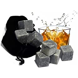 Whiskey Stones o Piedras del Whisky - No Aguan el Licor - Regalo Original - Set de 9 Rocas de Esteatita Natural y Bolsa para Guardarlas Son Reutilizables - Bonita Caja de Diseño Ideal Regalo Día del Padre - Para Refrescar el Whisky sin Sobre-Enfriarlo ni Diluirlo - Accesorio también para Bourbon Cocktail Jameson Macallan Johnnie Walker Jack Daniels Chivas Macallan Glenfiddich Buchanans Escoces - Mejor que el Hielo - Es tu Hombre Mujer Padre... Amante del Whisky?