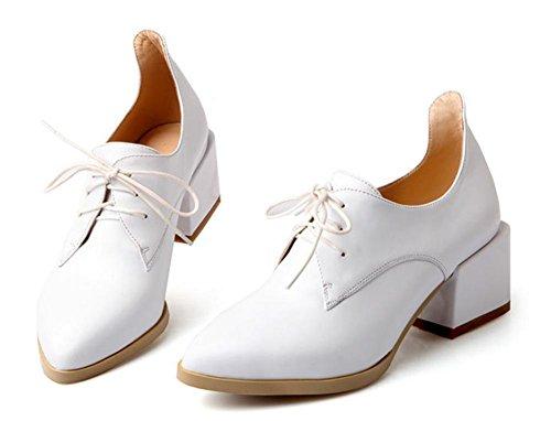 New Spring scarpe da donna nel primo strato di pelle con punta scarpe in pizzo White