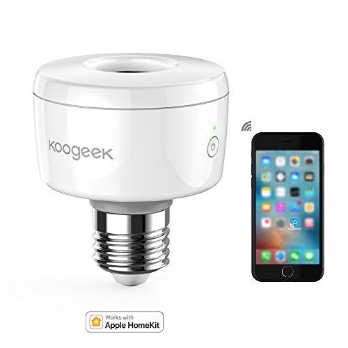 Lo Smart Socket di Koogeek trasforma ogni lampadina in una lampadina intelligente controllabile tramite HomeKit. Si attacca direttamente alla lampada per poi avvitare la lampadina sul socket