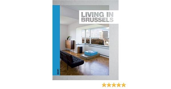 Modern huis comfortabel rijtjeshuis met een overdekt terras en