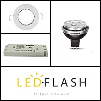 Kit spot led GU5.3 10 watt (eq. 50 watt) Philips - Support blanc - Angle - 36°. Couleur eclairage - Blanc chaud 2700°K. Type Support - Carré orientable 84mm