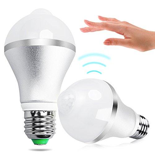 Lampadine a Led, iRiany E27 7W Lampadine LED con PIR Infrarosso Sensore di Movimento per Cortile / Giardino/ Patio / Passo Carraio / Scale / Fuori Muro, Bianco Caldo