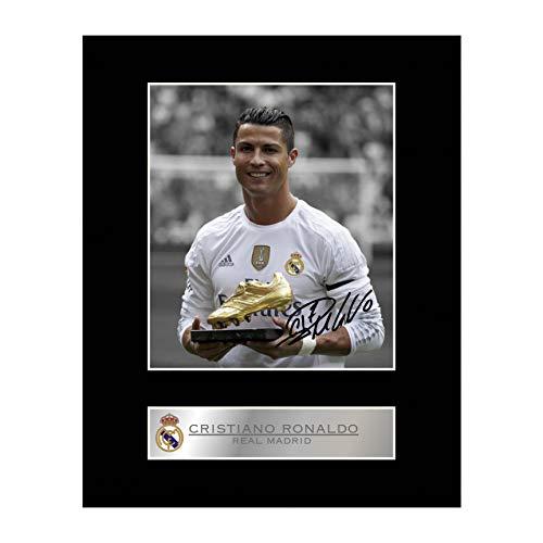 Signiertes Foto von Cristiano Ronaldo von Real Madrid mit Passepartout (Foto-und Autogramm-buch)