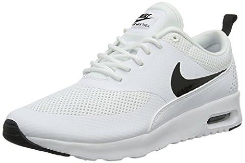 Nike Air Max Thea, Sneakers Basses femme, Bianco (White/Black), 39 EU