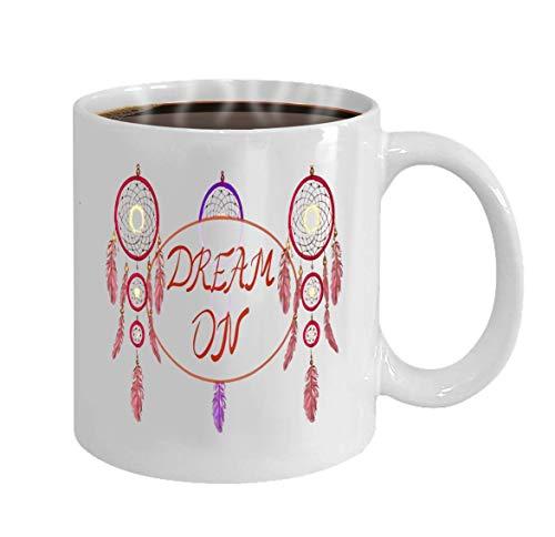 Ahaltao Taza divertida, taza de cerámica de 11 onzas, regalo de novedad para cumpleaños y sueño de Navidad en letras y atrapasueños dibujado a mano ilustración vectorial atrapasueños magenta y púrpura