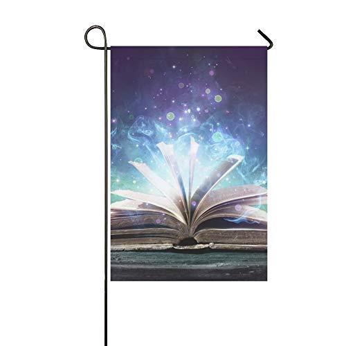 JOCHUAN Wohnkultur Verliebt in eine Hexe Buch Magie leuchtet Dunkelheit Garten Flaghouse Yard Flaggarden Yard Decorationsseasonal Willkommen Outdoor Flagge 12X18 Zoll