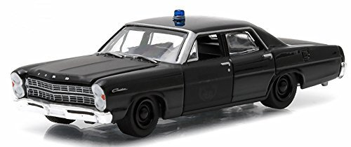 Greenlight 1/64 1967 Ford Custom Black Bandit Police Car by Greenlight (Ford Police 1 64)