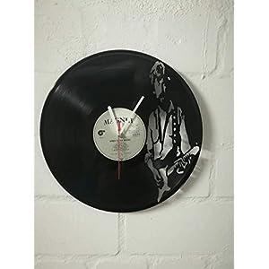 Wanduhr aus Vinyl Schallplattenuhr mit Eric Clapton Motiv upcycling design Uhr Wand-deko vintage-Uhr Wand-Dekoration…