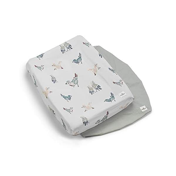 Elodie Details Changing Mat Cover - Watercolor Wings Elodie Details PERFECT BABY ACCESSORY: These baby changing pad covers are incredibly handy, whether you're travelling or at home! These large changing pad covers allow you to cover a changing table with a soft surface so that your child can be comfortable while they get their nappy changed. Add these cute changing pad covers to your baby accessories today! QUALITY MATERIALS: These covers are made from Oeko-Tex-certified cotton and are washed prior to being packaged. Each cover includes an elastic underside, which makes fitting it over most changing tables easy. Our luxurious covers come in a pack of 2 so that you'll always have one handy while you wash the other. A BRAND MADE FOR YOU: Elodie Details expertly designs each one of our high-quality products for parents with newborns and toddlers. We are devoted to our customers and to the idea of making parenthood a little easier. Each one of our products is designed with care for men and women alike. We're happy to offer you the best we have as you raise your child 1