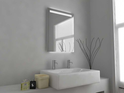 Specchio da bagno moderno illuminato con sensore con