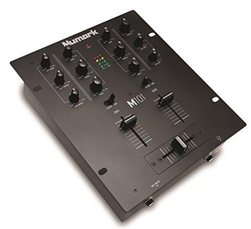 Numark M101 - 2-Kanal DJ-Mixer, rack-einbaufähig, mit 2-Band-Equalizer, für die Disco ausgelegten Eingängen, Mikrofon-Eingang und austauschbarem Crossfader (Mixer Musik)