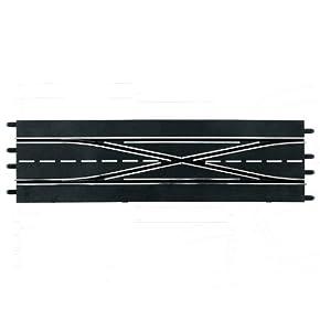 Carrera - Doble cambio de carril, 2 piezas, escala 1:24, color Negro (20030347)