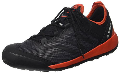 first rate 6470e c8fe1 Adidas Terrex Swift Solo, Chaussures Multisport Outdoor Homme, Noir Core  Black Energy,