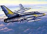 Trumpeter 2838 F-100C Super Sabre - Caza a escala