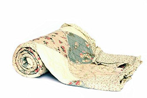1001 Wohntraum YW1113F Quilt G Rosen Rüschen, 230 x 250 cm, Plaid Tagesdecke, Patchwork L