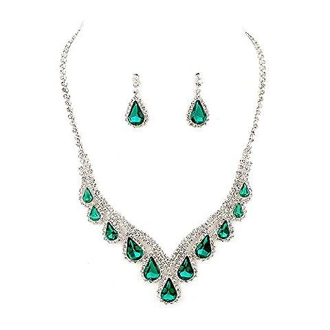Sparkly emerald green diamante evening jewellery set