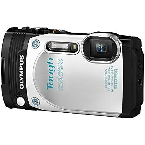 Olympus TG-870 Tough - Cámara compacta acuática de 16 MP (pantalla de 3