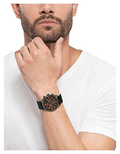 Seiko SSC233 - Reloj para hombres, correa de tela color negro
