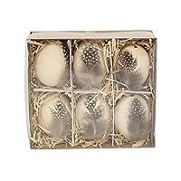 Il dettaglio in vera piuma conferisce a queste decorazioni di Pasqua un tocco rustico. Adorabile per il vostro albero di Pasqua o magari in un cesto di vimini. 12 cm.