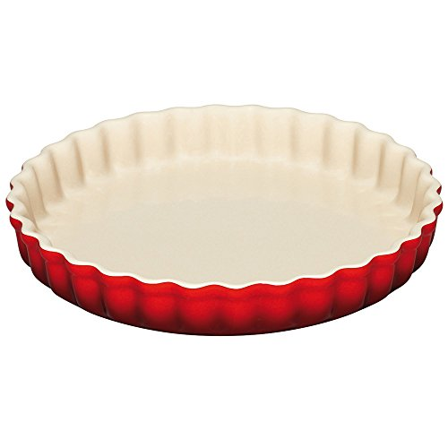 le-creuset-stoneware-fluted-flan-dish-24-cm-cerise
