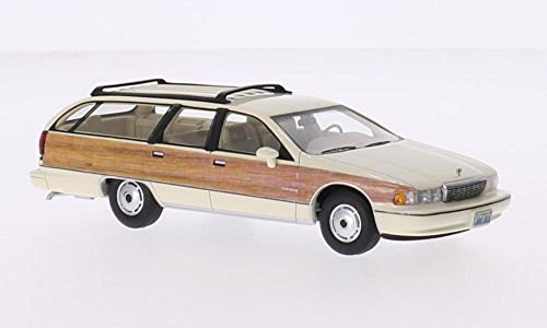 Chevrolet-Caprice-Wagon-hellbeigeHolzoptik-1991-Mastab-143-Resine-Fertigmodell-BoS-Models