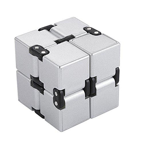 Funxim Infinity Cube Décompression Jouet Cube de l'infini, stress de jouet de doigt de Fidget et soulagement d'inquiétude, tuant le temps Fidget joue le cube infini pour le personnel de bureau(Argent)