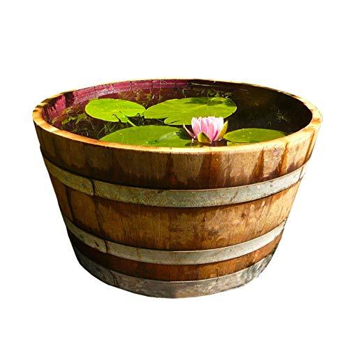 El roble de nuestro barril adquirido directamente de comerciantes de vinos de Europa tiene 3 cm de espesor. Nosotros mismos escogemos los barriles y los trabajamos en nuestro taller en nuestra región en el lago de Constanza. El barril se parte en dos...