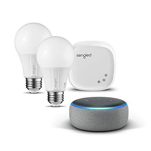 Echo Dot (3. Gen.) Intelligenter Lautsprecher mit Alexa, Hellgrau Stoff + Sengled Starter-Set E27