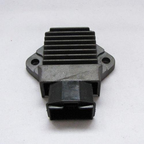 regolatore-di-tensione-per-cbr-600-rr-vfr-900-vtr-hornet