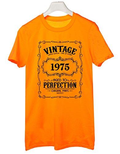 Tshirt 1975- idea regalo per compleanno - for birthday gift - Tutte le taglie by tshirteria Arancione
