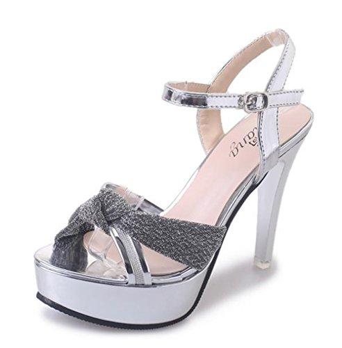 Aisun Damen Metallic Lack Kunstleder Cut Out Offene Zehen Knöchelriemchen Sandale Silber