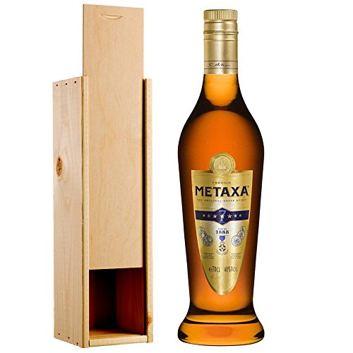 metaxa-7-star-brandy-70cl-in-wooden-gift-box
