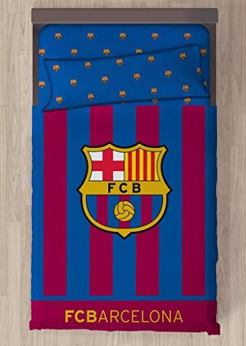 Juego de sábanas compuesto por 3 piezas. Producto con licencia oficial del Barcelona- Composición del tejido 50 Algodón 50 Poliéster. Medidas cama 90: Bajera 90x200 28 alto; Encimera 160x270; Funda de almohada 45x110- Cama de 105: Bajera 105x200 28 a...