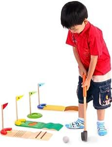 VOILA - GOLF SET - Hochwertiges Holzspielzeug für Kinder - Ein tragbares Set mit dem man im Hause oder aber auch draußen spielen kann. Es besteht aus 2 Golfschlägern, 4 Golfbällen, 4 verschiedene Arten von Markierungen, und 4 extra Stücke die verschiedene Geländearten auf einem Golfkurs simulieren. Eine Sandbox, Abhänge usw. Die Stücke können auf verschiedene Arten kombiniert werden und stellen daher eine Herausforderung von verschiedenem Schwierigkeitsgrad dar. - Hochwertiges Holzspielzeug für Kinder – Schön bunt und sehr langlebig! - Spielzeug für Generationen! - Unterstützen Sie die Erforschung vieler Sinne bei Ihren Kleinen!