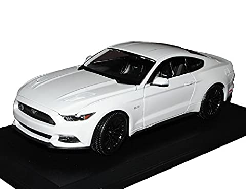 Ford Mustang VI Coupe Weiss Ab 2014 1/18 Maisto Modell Auto mit individiuellem Wunschkennzeichen