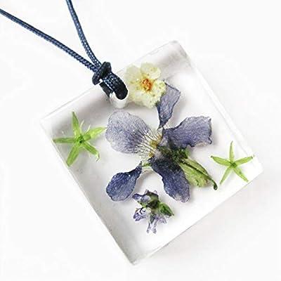 Pendentif Hanami en résine et fleurs de violettes - Bijou nature fleur bleue Collier en fleurs séchées argent 925 collier végétal
