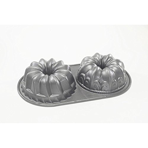NordicWare pro-cast Bundt Duet Pan Mini Bundt Cake Pan