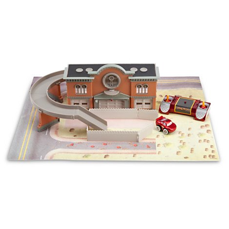 Disney Pixar Cars Mini Infrared Remote Control Cars Lightning McQueen Courthouse Play Set