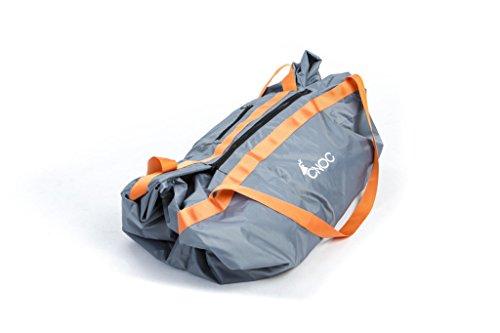 cnoc Premium 2 in 1 Wasserdichte Taschendecke - Wasserdichte Outdoordecke die Sich mit Nur wenigen Handgriffen in Eine Tasche mit Reißverschluss und Tragegurt verwandelt - Grau - 145x145 cm - 635 gr