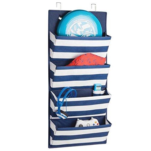 mDesign Hängeaufbewahrung mit 4 Taschen - Schlafzimmer Aufbewahrung für Schuhe, Accessoires und Kleidung - Taschengarderobe zum Hängen - blau/weiß -