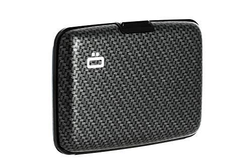 La primera cartera de diseño de aluminio. Es compacto, ligero y su contenido es accesible en un instante.
