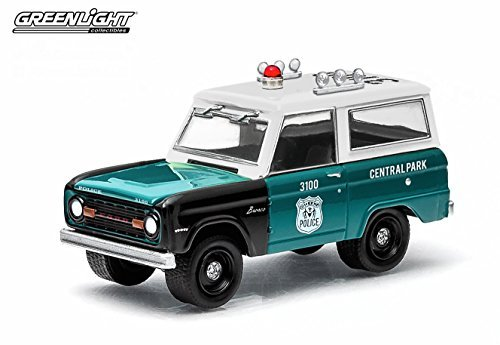 1967 FORD BRONCO / CENTRAL PARK POLICE - NEW YORK CITY, NEW YORK * 2015 Hot Pursuit Series 15 * Gree