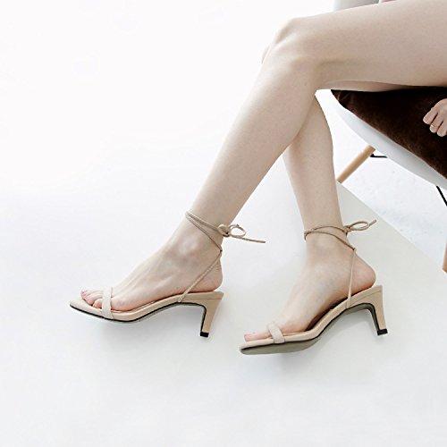 La caviglia è bene con i sandali in estate semplici Piedi polso caviglia Sandali Strap Apricot
