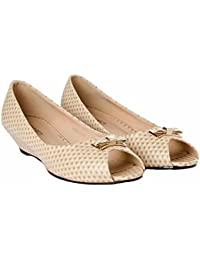 612fb2cf257 Joker   Witch Ostrich print Cream Peep- toed wedges for women and Girls