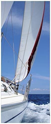 Wallario Glasbild Segelboot on Tour - 32 x 80 cm in Premium-Qualität: Brillante Farben, freischwebende Optik