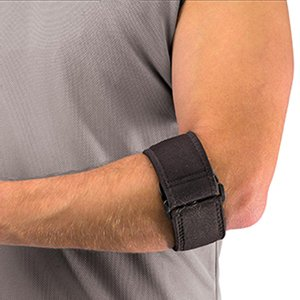 mueller-ellenbogenbandage-ellbogenbandage-einheitsgrosse-gezielte-kompression-atmungsaktiv-ideal-bei