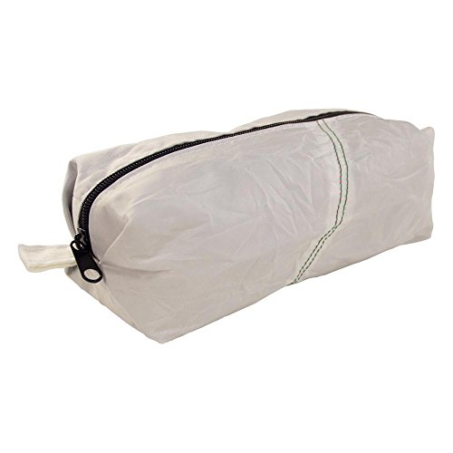 Upcycling Kulturtasche Kosmetiktasche aus Airbag