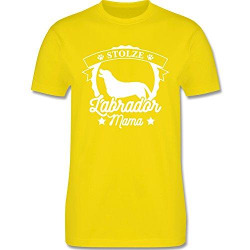 Shirtracer Hunde - Stolze Labrador Mama - Herren T-Shirt Rundhals Lemon Gelb